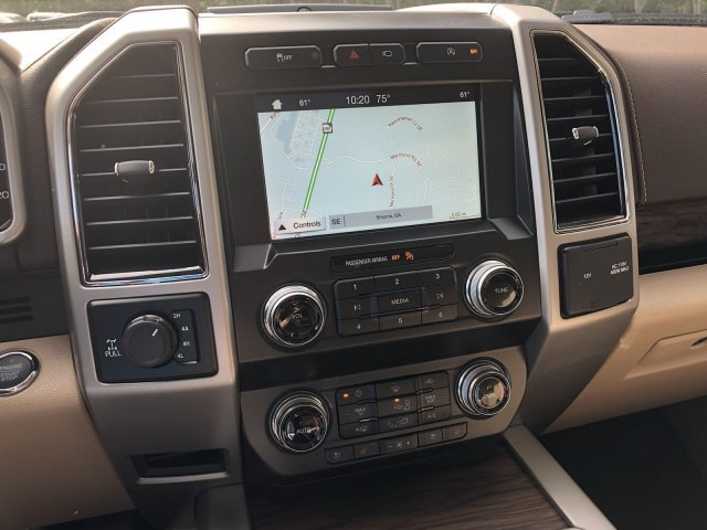 2019 Ford F-150 LARIAT Automatic Regular Unleaded V-8 5.0 L/302 Engine 4X4