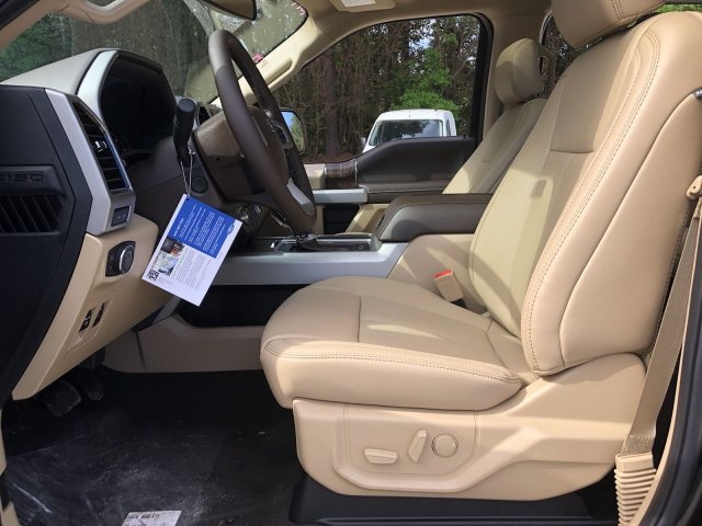 2019 Ford F-150 LARIAT Automatic Regular Unleaded V-8 5.0 L/302 Engine Truck 4X4 4 Door