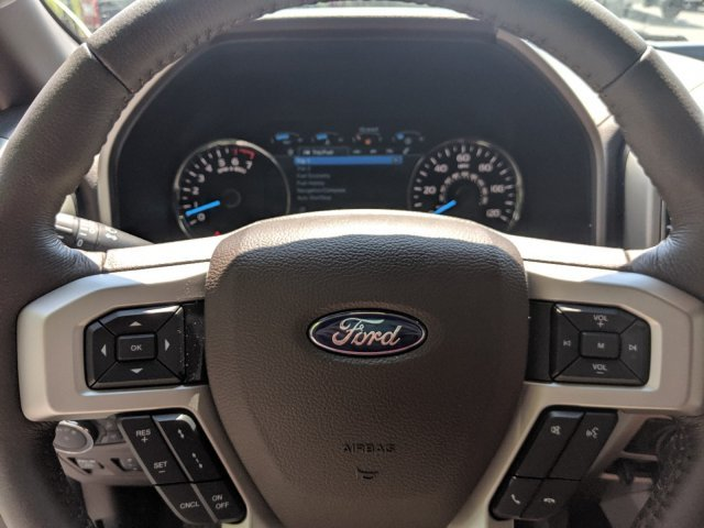 2019 White Platinum Metallic Tri-Coat Ford F-150 King Ranch 4X4 Regular Unleaded V-8 5.0 L/302 Engine Automatic 4 Door