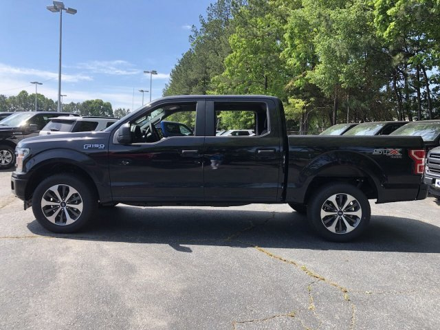 2019 Agate Black Metallic Ford F-150 XL Automatic Truck Regular Unleaded V-8 5.0 L/302 Engine 4 Door 4X4