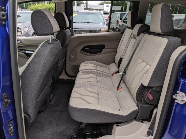 2017 Deep Impact Blue Metallic Ford Transit Connect Wagon XLT Van Automatic I-4 2.5 L/152 Engine