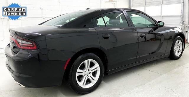 2019 Pitch Black Clearcoat Dodge Charger SXT Sedan RWD 3.6L 6-Cylinder SMPI DOHC Engine Automatic 4 Door