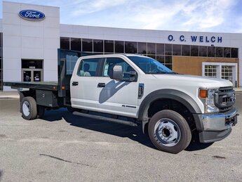 2021 Oxford White Ford Super Duty F-550 DRW XL 4 Door Truck RWD Intercooled Turbo Diesel V-8 6.7 L/406 Engine Automatic
