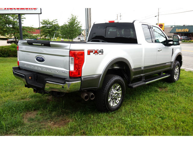 2017 Ingot Silver Metallic/Magnetic Ford Super Duty F-250 SRW Diesel Automatic 4X4 Truck