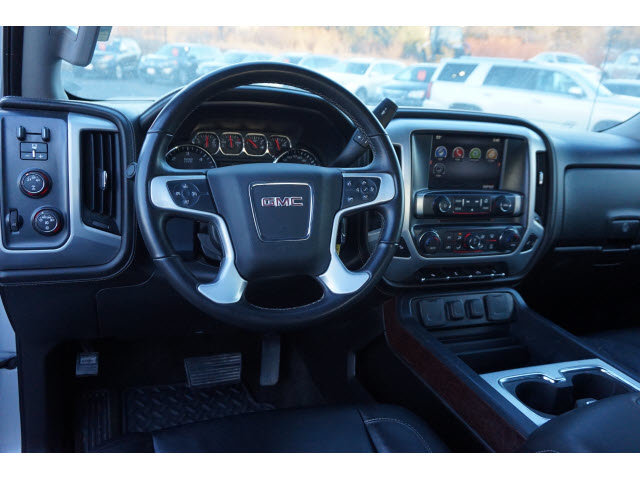 2015 Quicksilver Metallic GMC Sierra 2500HD SLT 4 Door Automatic Truck 4X4