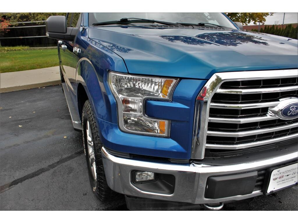2017 Lightning Blue Ford F-150 XLT Automatic Truck 5.0 liter 8 Cylinder Engine 4 Door 4X4
