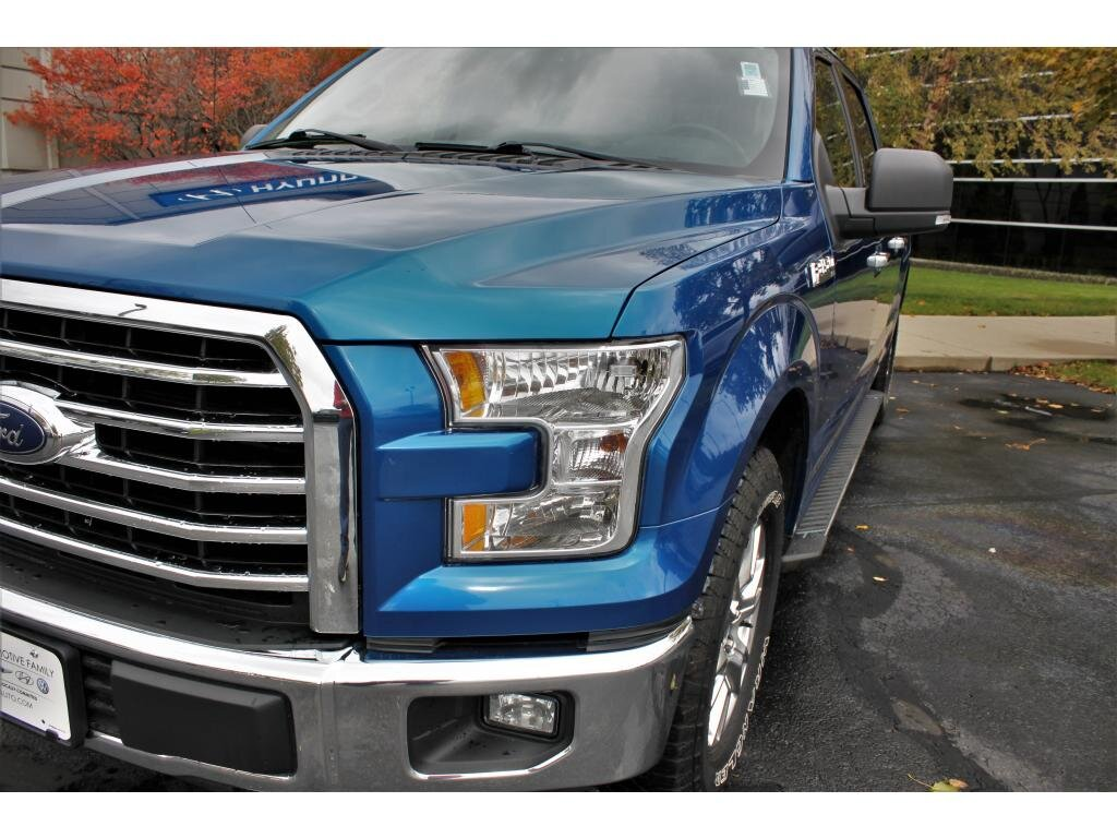 2017 Ford F-150 XLT Automatic Truck 4 Door 5.0 liter 8 Cylinder Engine 4X4