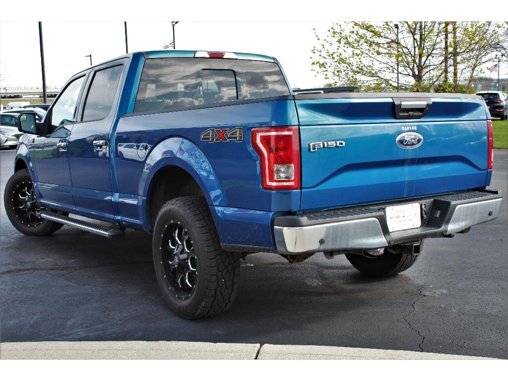 2017 Lightning Blue Ford F-150 XLT 4X4 Truck Automatic