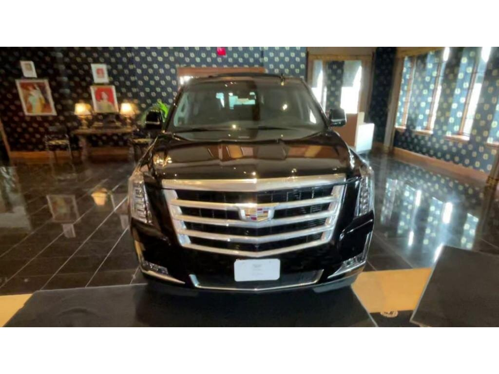 2019 Cadillac Escalade ESV Luxury Automatic 4X4 SUV 4 Door
