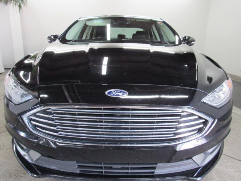 2018 Shadow Black Ford Fusion SE 2.0 liter 4 Cylinder Engine AWD Sedan