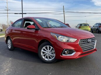 2021 Hyundai Accent SEL 1.6 liter 4 Cylinder Engine FWD Car 4 Door Automatic