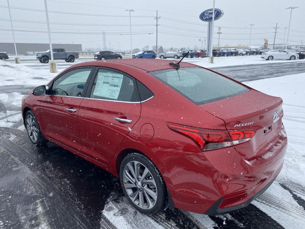 2021 Pomegranate Red Hyundai Accent Limited 4 Door FWD Automatic
