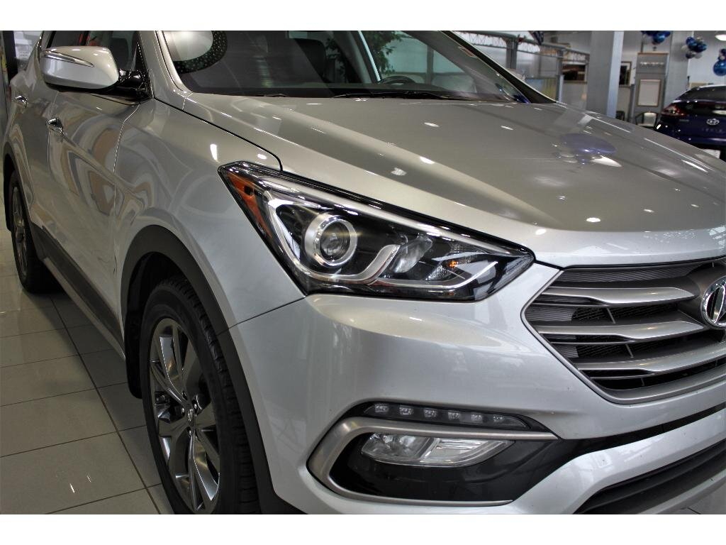2017 Hyundai Santa Fe Sport 2.0T Ultimate 4 Door AWD SUV Automatic