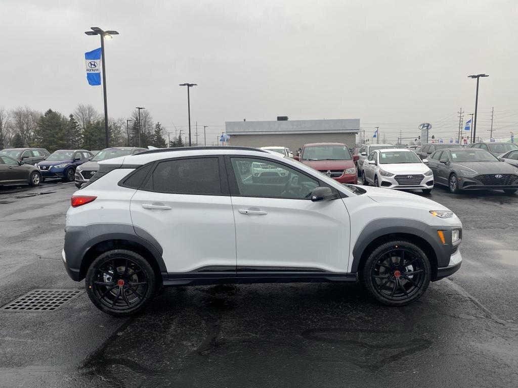 2021 Hyundai Kona NIGHT 4 Door AWD SUV 1.6 liter 4 Cylinder Engine