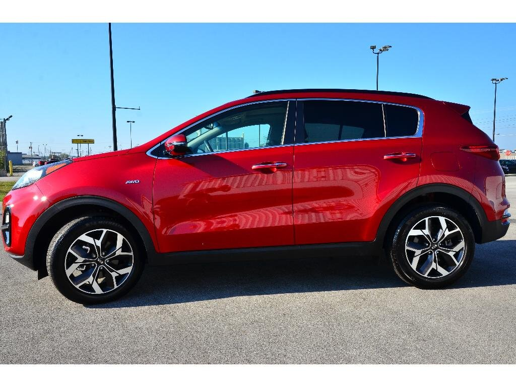 2021 Hyper Red Kia Sportage EX 2.4 liter 4 Cylinder Engine 4 Door AWD Automatic SUV