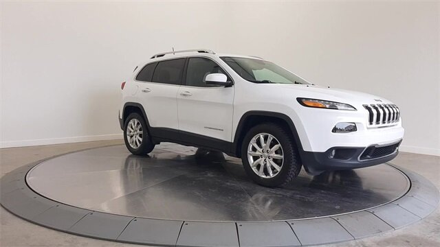 2017 Bright White Clearcoat Jeep Cherokee Limited Automatic SUV 2.4L 4-Cylinder SMPI SOHC Engine 4X4