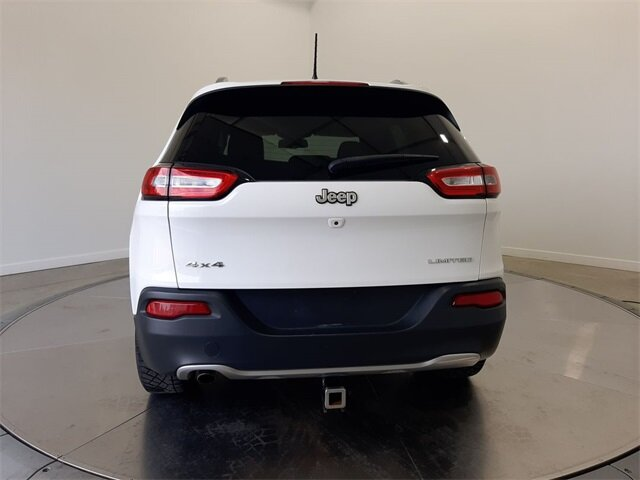 2017 Bright White Clearcoat Jeep Cherokee Limited Automatic 2.4L 4-Cylinder SMPI SOHC Engine 4 Door