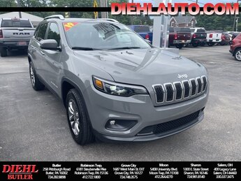 2019 Jeep Cherokee Latitude Plus Automatic 4 Door 2.4L I4 Engine SUV 4X4