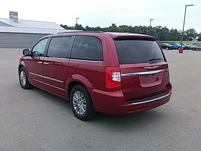 2016 Deep Cherry Red Crystal Pearlcoat Chrysler Town & Country Touring-L 3.6L 6-Cylinder SMPI DOHC Engine 4 Door Automatic