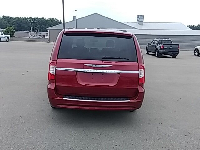 2016 Chrysler Town & Country Touring-L FWD 3.6L 6-Cylinder SMPI DOHC Engine 4 Door Automatic