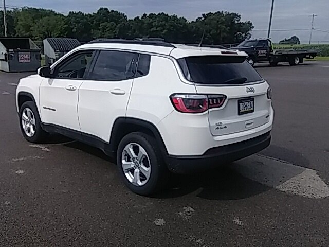2020 White Clearcoat Jeep Compass Latitude 2.4L I4 Engine 4 Door Automatic SUV 4X4