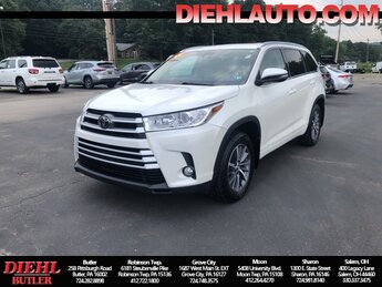 2017 Blizzard Pearl Toyota Highlander XLE Automatic 4 Door 3.5L V6 Engine SUV