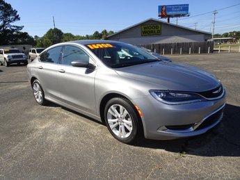 2017 Chrysler 200 Limited Platinum 4 Door Sedan Automatic FWD