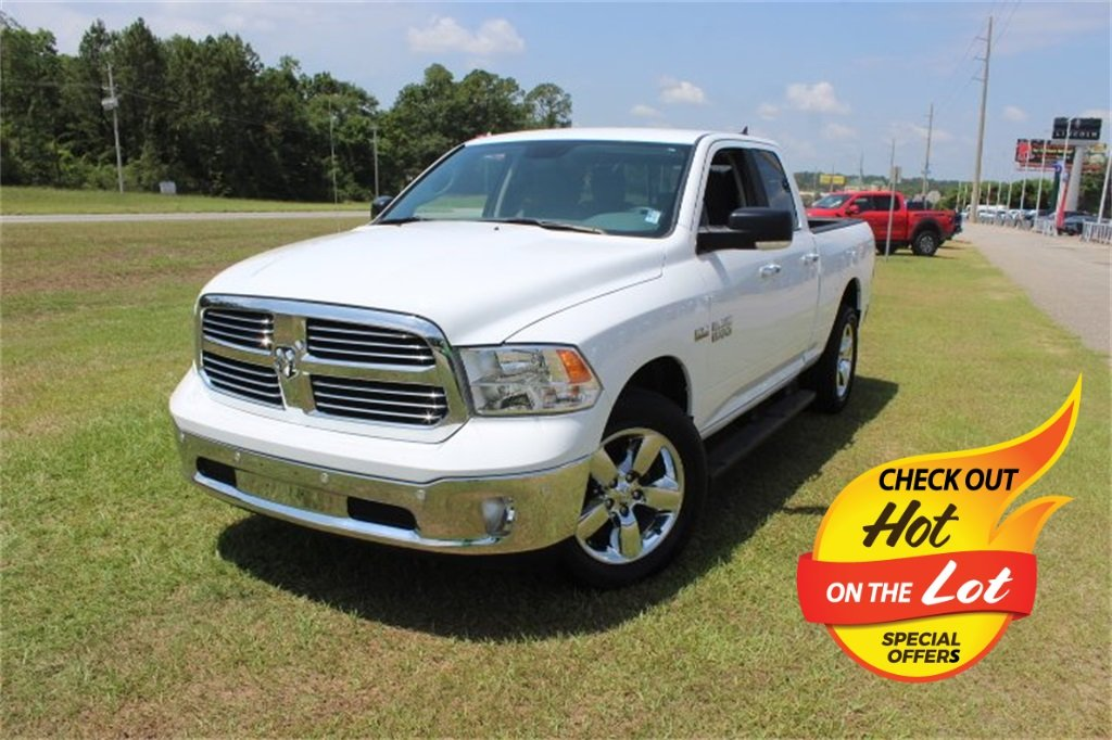 2018 Bright White Clearcoat Ram 1500 Big Horn 4X4 Truck Automatic HEMI 5.7L V8 Multi Displacement VVT Engine