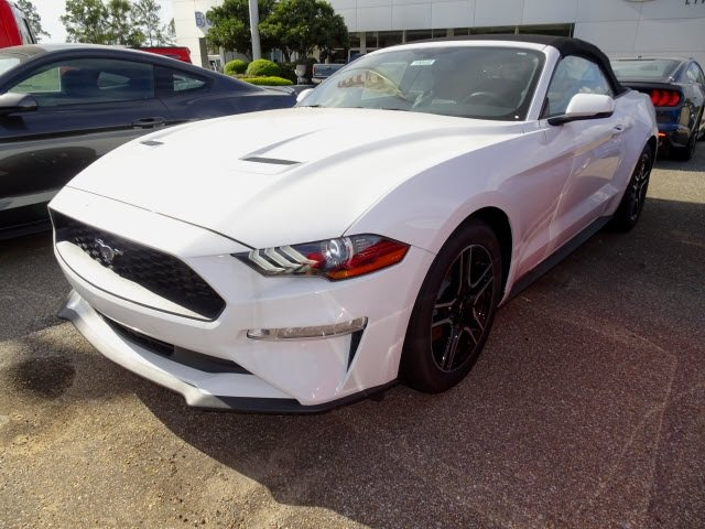 2019 Oxford White Ford Mustang EcoBoost Premium Convertible EcoBoost 2.3L I4 GTDi DOHC Turbocharged VCT Engine Automatic 2 Door