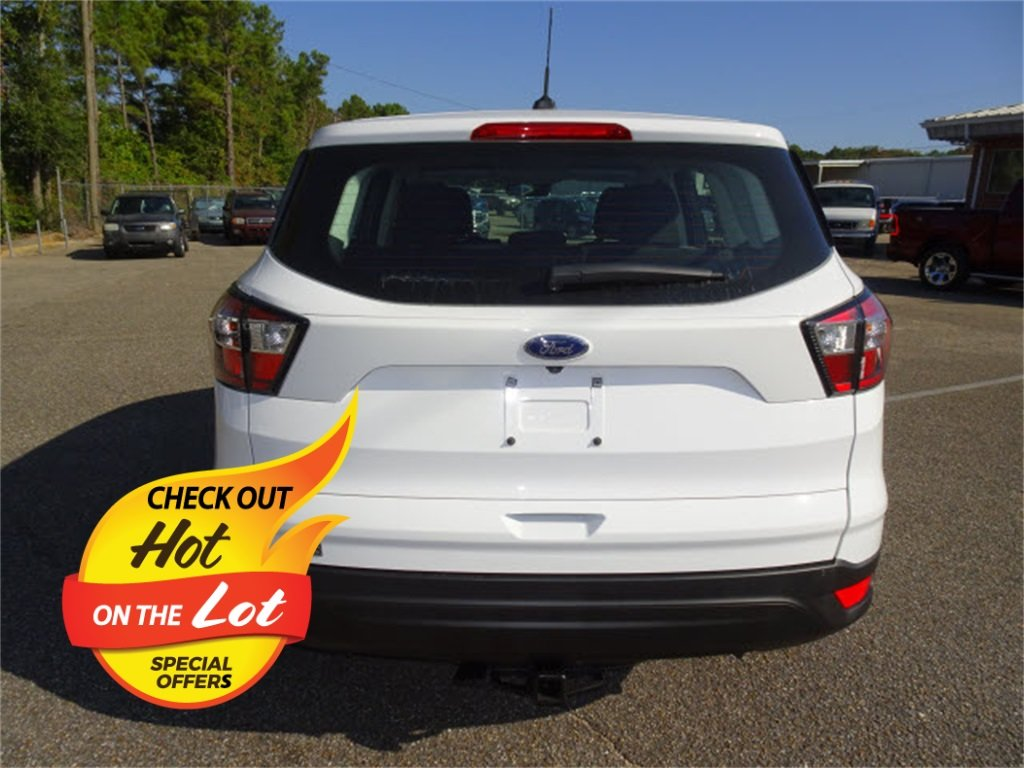 2018 Oxford White Ford Escape S Automatic 2.5L i-VCT Engine FWD SUV 4 Door