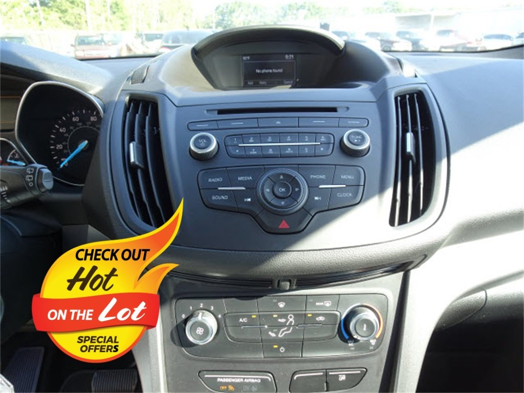 2018 Ford Escape S FWD 4 Door SUV Automatic 2.5L i-VCT Engine