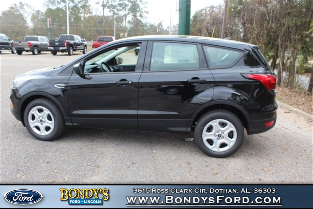 2019 Black Metallic Ford Escape S Automatic 2.5L iVCT Engine 4 Door FWD SUV