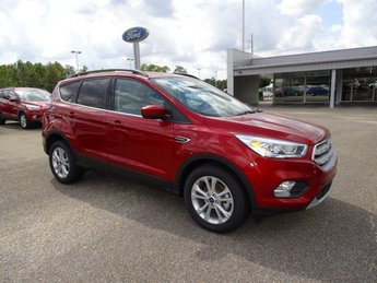 2019 Ruby Red Metallic Ford Escape SEL Automatic FWD EcoBoost 1.5L I4 GTDi DOHC Turbocharged VCT Engine 4 Door