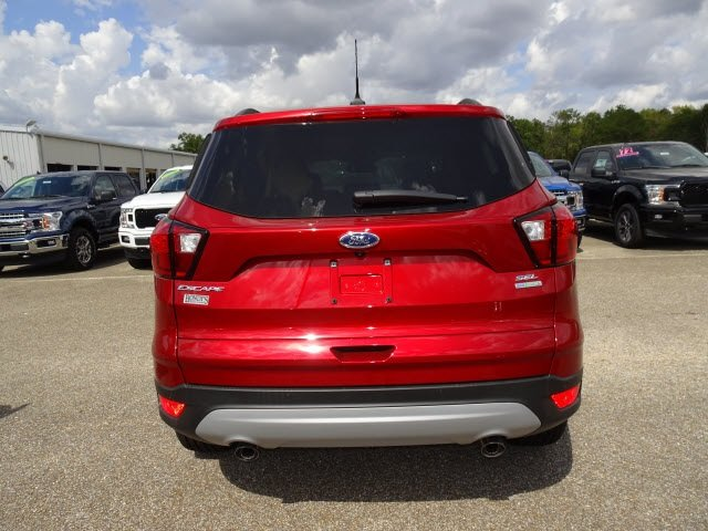 2019 Ruby Red Metallic Ford Escape SEL SUV FWD EcoBoost 1.5L I4 GTDi DOHC Turbocharged VCT Engine 4 Door
