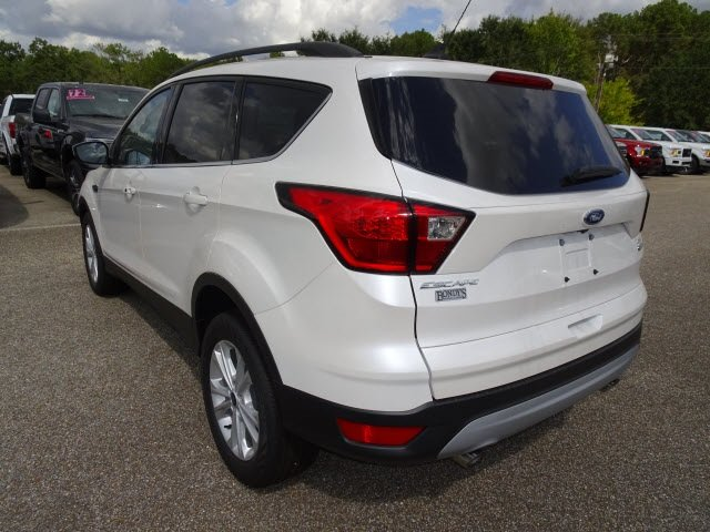 2019 White Platinum Clearcoat Metallic Ford Escape SEL EcoBoost 1.5L I4 GTDi DOHC Turbocharged VCT Engine Automatic FWD 4 Door
