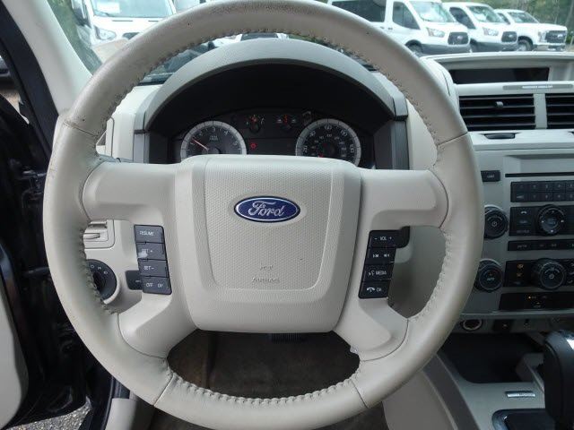 2009 Ford Escape Hybrid Automatic (CVT) 2.5L I4 Atkinson-Cycle Electric Motor 4V Engine FWD SUV 4 Door