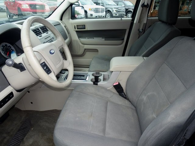 2009 Ford Escape Hybrid 4 Door FWD Automatic (CVT) SUV