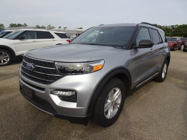 2020 Silver Metallic Ford Explorer XLT 4 Door EcoBoost 2.3L I4 GTDi DOHC Turbocharged VCT Engine SUV Automatic RWD