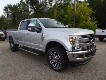 2019 Ingot Silver Metallic Ford Super Duty F-250 SRW Lariat Truck Power Stroke 6.7L V8 DI 32V OHV Turbodiesel Engine Automatic