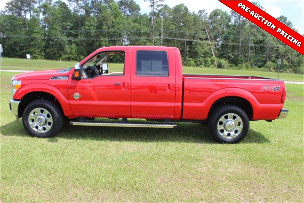 2016 Race Red Ford Super Duty F-250 SRW Lariat Automatic Truck 4 Door