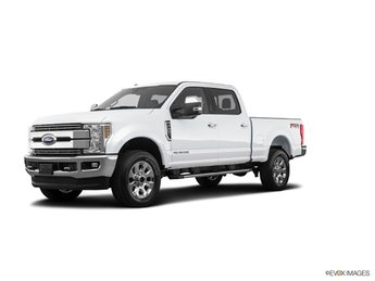 2019 Oxford White Ford Super Duty F-250 SRW Lariat 4X4 Automatic 4 Door