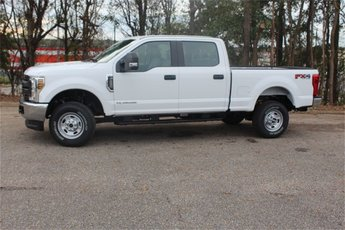 2019 Oxford White Ford Super Duty F-250 SRW XL Automatic 4X4 Truck 4 Door Power Stroke 6.7L V8 DI 32V OHV Turbodiesel Engine