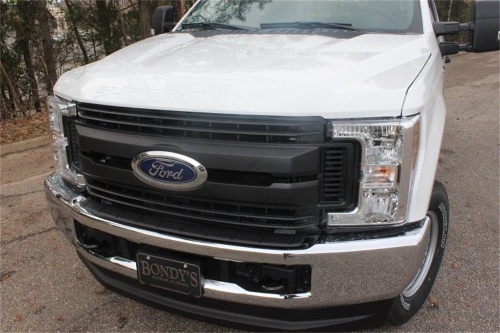 2019 Ford Super Duty F-250 SRW XL 4X4 Automatic Power Stroke 6.7L V8 DI 32V OHV Turbodiesel Engine Truck