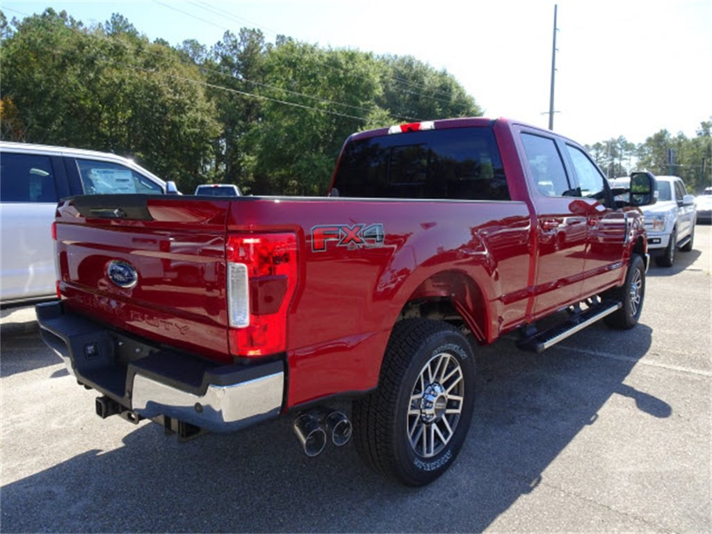 2019 Ruby Red Metallic Tinted Clearcoat Ford Super Duty F-250 SRW Lariat Automatic 4 Door 4X4 Power Stroke 6.7L V8 DI 32V OHV Turbodiesel Engine Truck