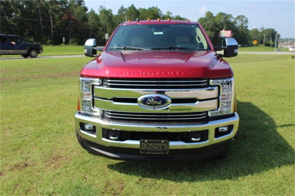 2019 Ford Super Duty F-350 DRW LARIAT 4X4 Power Stroke 6.7L V8 DI 32V OHV Turbodiesel Engine Truck 4 Door Automatic