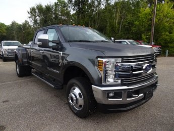2019 Magnetic Metallic Ford Super Duty F-350 DRW LARIAT 4X4 Power Stroke 6.7L V8 DI 32V OHV Turbodiesel Engine Truck Automatic
