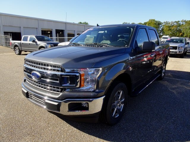 2019 Magnetic Metallic Ford F-150 XLT Truck RWD 5.0L V8 Ti-VCT Engine Automatic 4 Door
