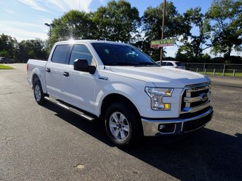2016 Oxford White Ford F-150 XLT 4 Door 5.0L V8 FFV Engine Truck Automatic RWD