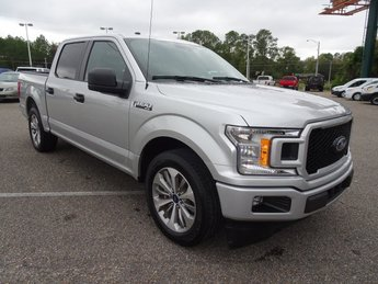 2018 Ford F-150 XL 2.7L V6 EcoBoost Engine 4 Door RWD Truck