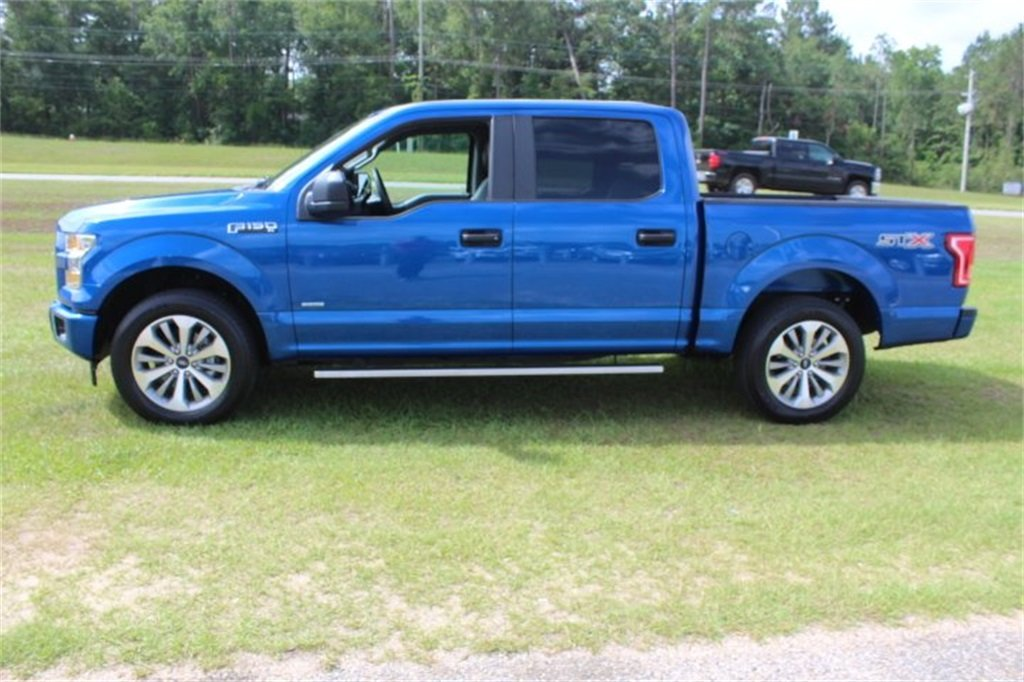 2017 Lightning Blue Ford F-150 XL 4 Door Truck 2.7L V6 EcoBoost Engine Automatic